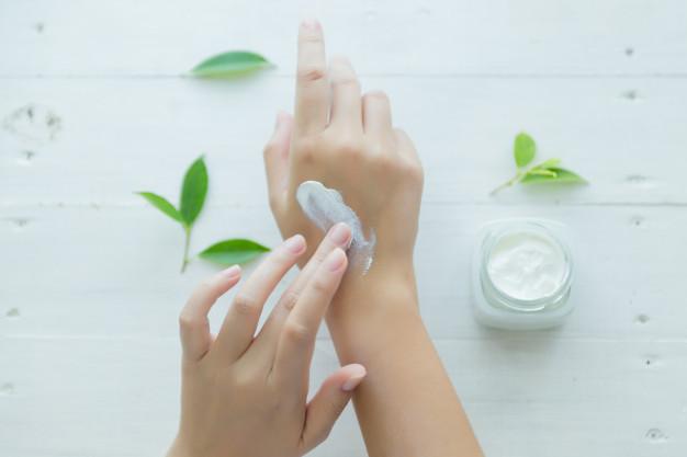 油性皮膚適合用抗老產品嗎?